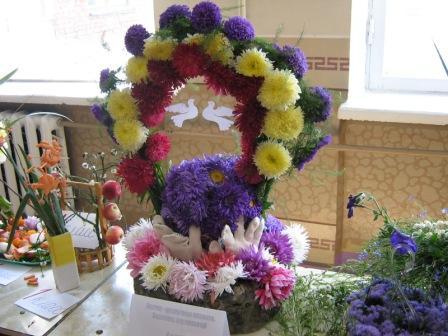 Композиции из цветов для детского сада